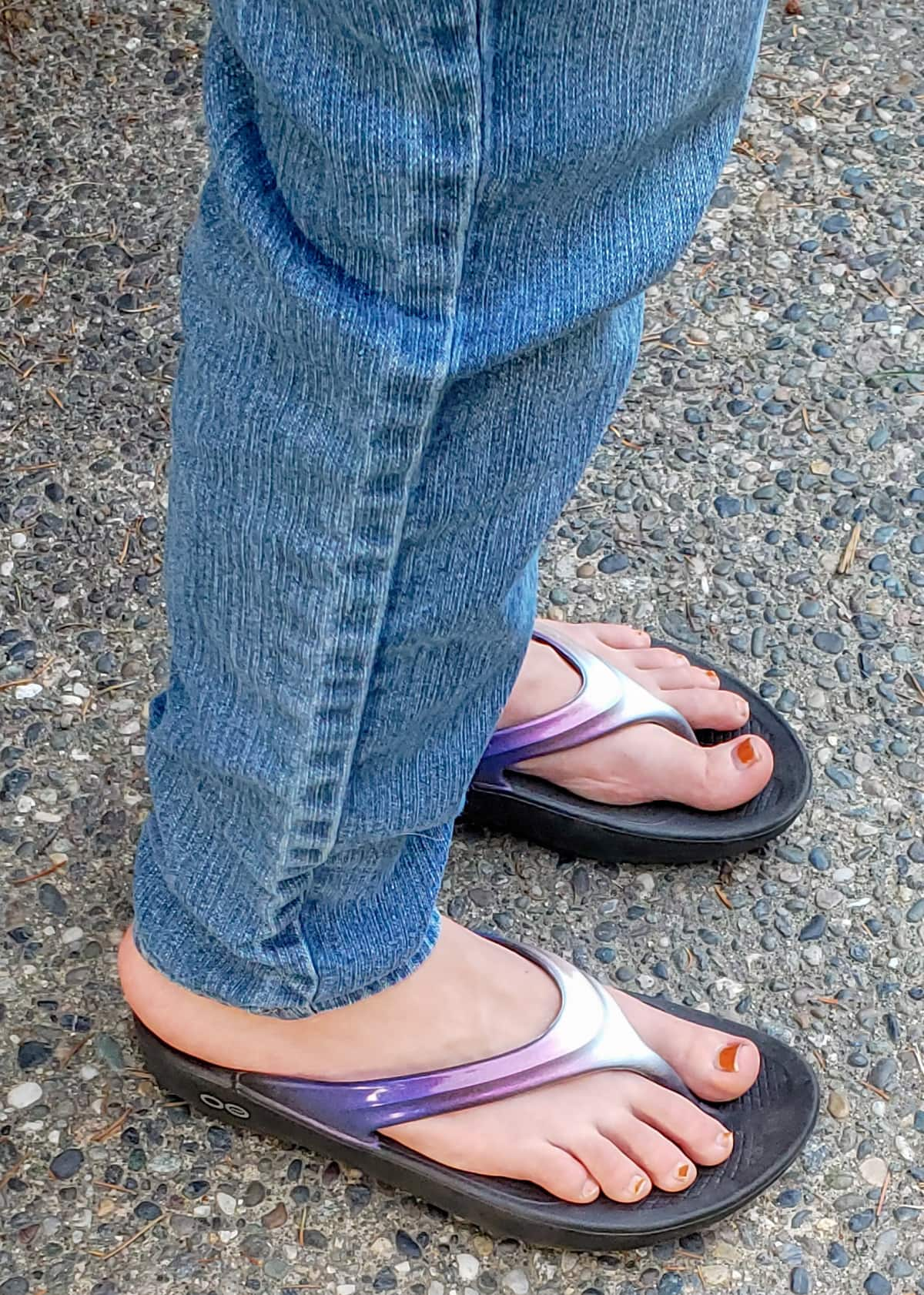 oofos shoes and oofos sandals