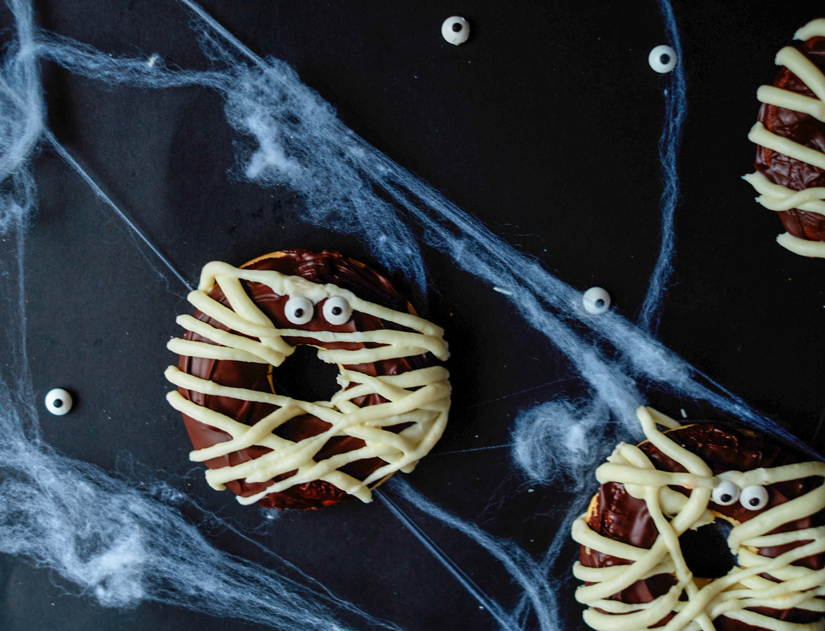 baked Halloween donuts