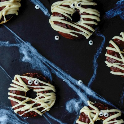 Baked Mummy Halloween Donuts