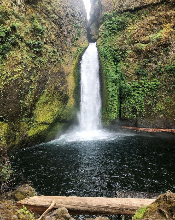 Wahclella Falls hike - day trips from Portland