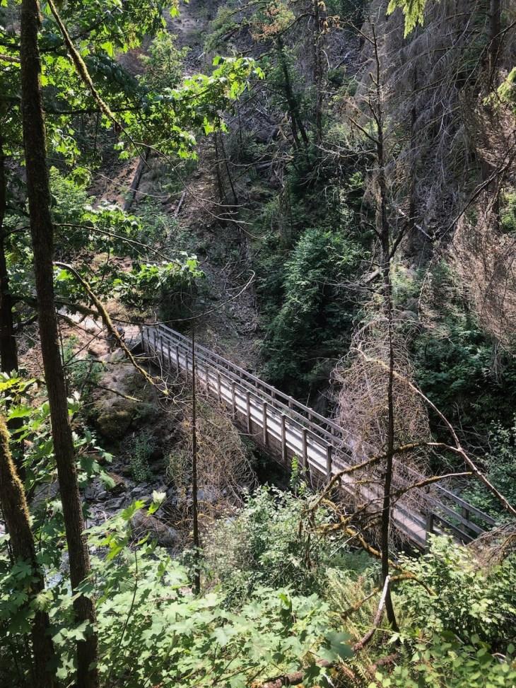 Tanner Creek bridge on Wahclella Falls trail