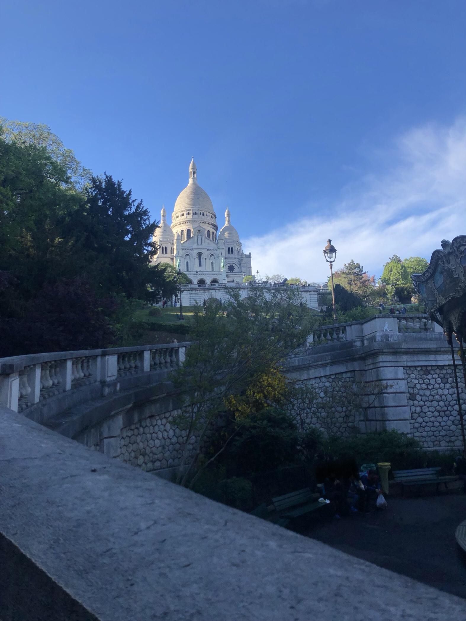 Die Basilika, Sacré-Coeur aus dem 18. Arrondissement von Paris, auf dem Monmartre