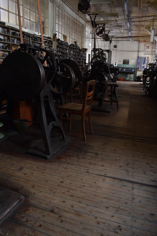 Blick durch die ehemalige Uhrkettenfabrik