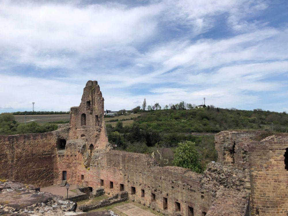 Burg Neuleiningen vom Burgturm aus