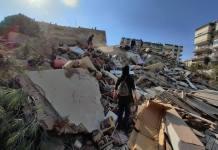 Un fuerte terremoto ha sacudido Grecia y Turquía causando importantes daños / EFE