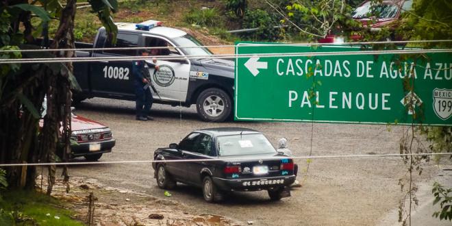 """""""Más de 600 elementos de las fuerzas públicas incendiaron nuestra sede regional San Sebastián"""", denuncia ejido Bachajón."""