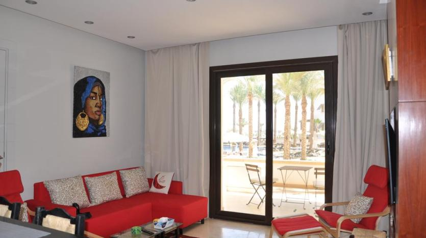 Red Sofa Apartment in Gouna