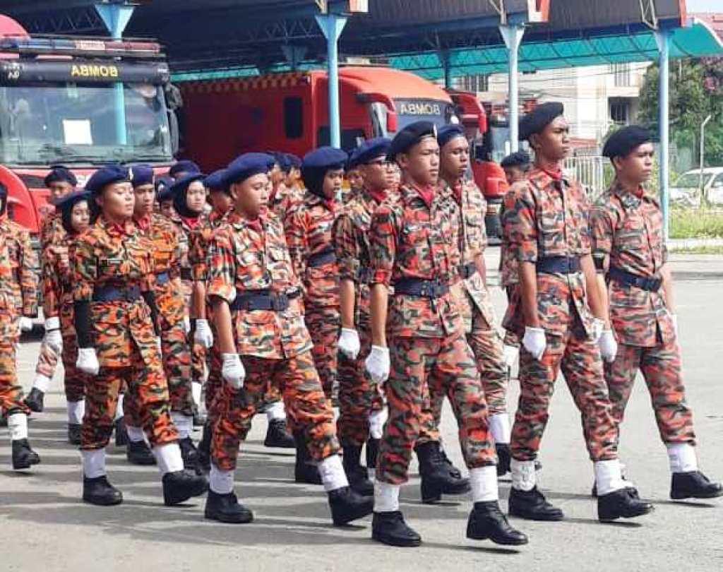 Pasukan Kadet Bomba Smk Sanzac Pulang Dengan 3 Kejayaan Pejabat