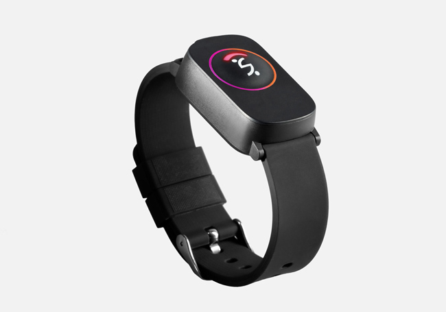 Wearable smart device design