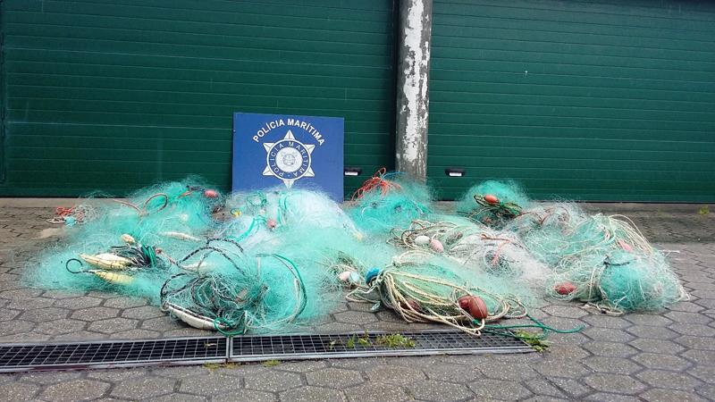 Polícia Marítima apreendeu 19 redes majoeiras entre o Furadouro e a Torreira