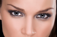eye-contact-flirting-with-guys