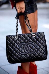 Does Your Expensive Purse Scare Quality Men Away?