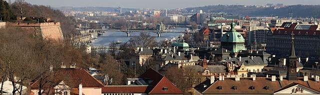 Prag von oben, Moldau