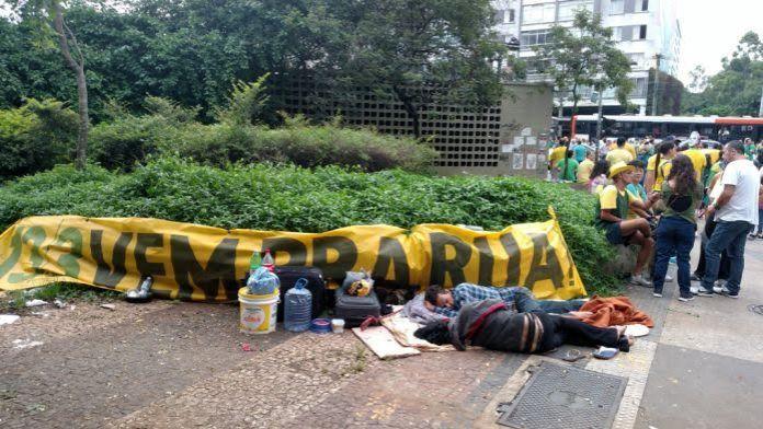 mendigo protesto paulista