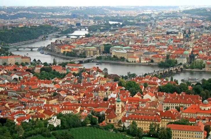 På reise til Praha