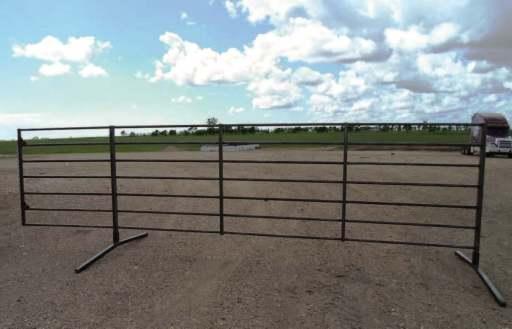 7-bar 20 ft freestanding livestock panel