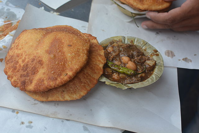 Kachori Sabji