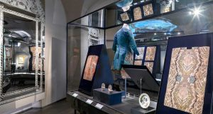 Il mondo nuovo incontri sul settecento al museo del tessuto