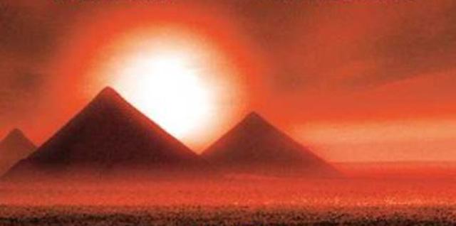 cheops-luege-pyramiden