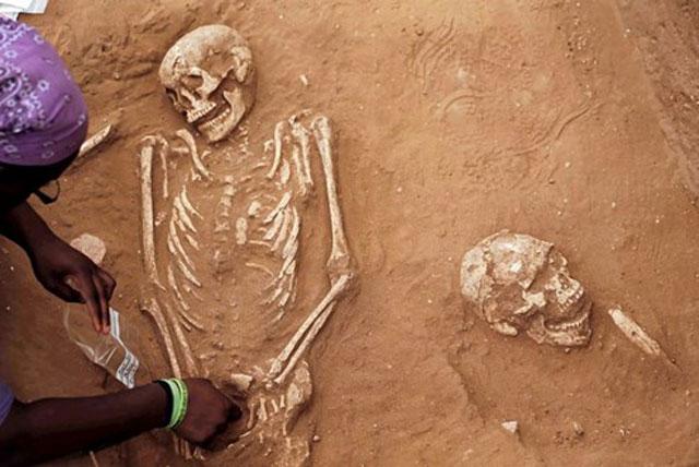 Riesenmenschen Ausgrabungen