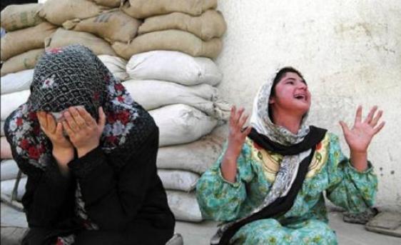 30082014215315_yazidi-girls
