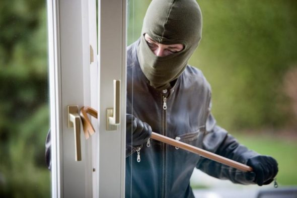 04012017134308_web_burglar-alarm