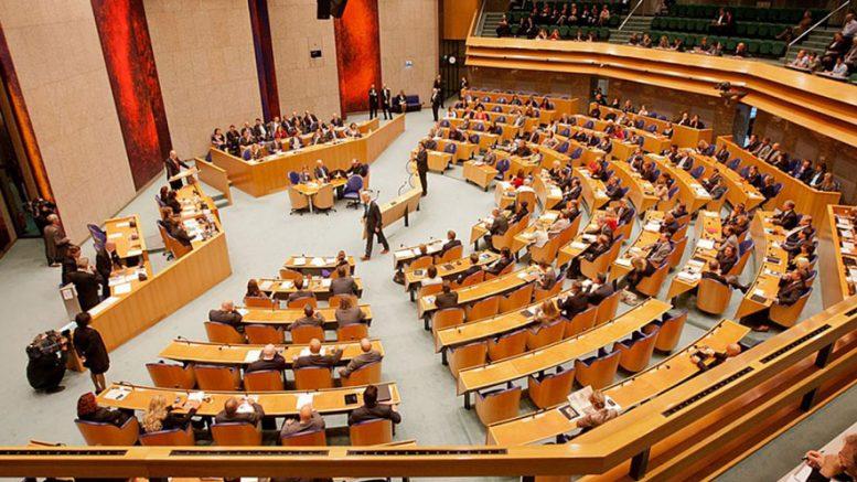 parlament-holandija-777x437