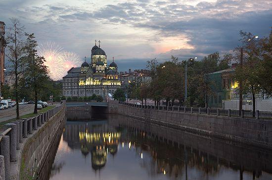 Иоанновский монастырь на Карповке. Фото: AlexDarkside / photosight.ru