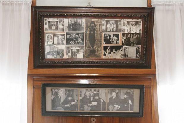 Фотографии святителя в притворе храма свт. Тихона Задонского, где он ежедневно совершал литургию