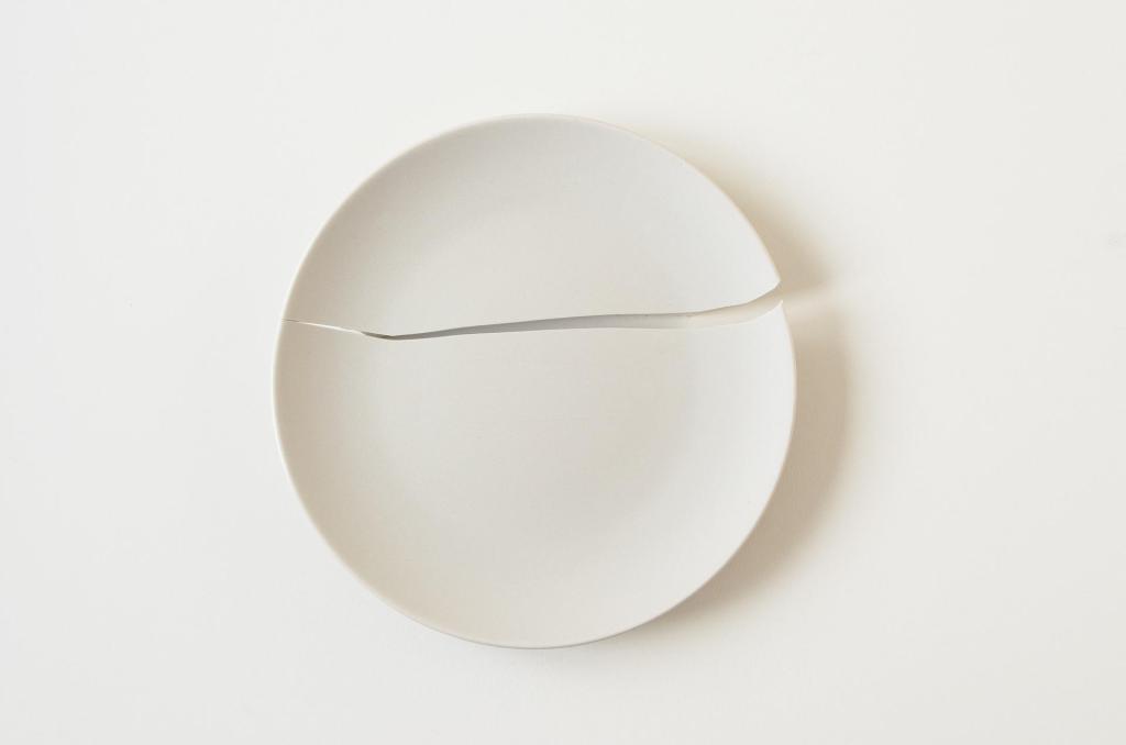 Akzeptanz broken plate