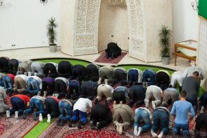 Imam Nullifies His Ablution During Prayer