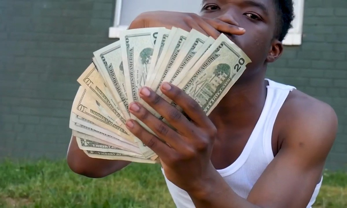 """Dblock Pippen Gives It To You Raw And Uncut In """"33 Hunnit"""""""
