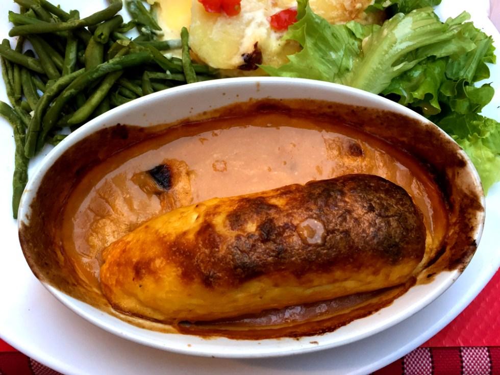 Bouchon dish at Le Petit Glouton in Lyon, France