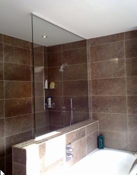 Nib wall shower screen