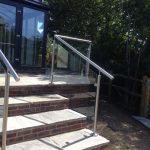 External balustrade to steps
