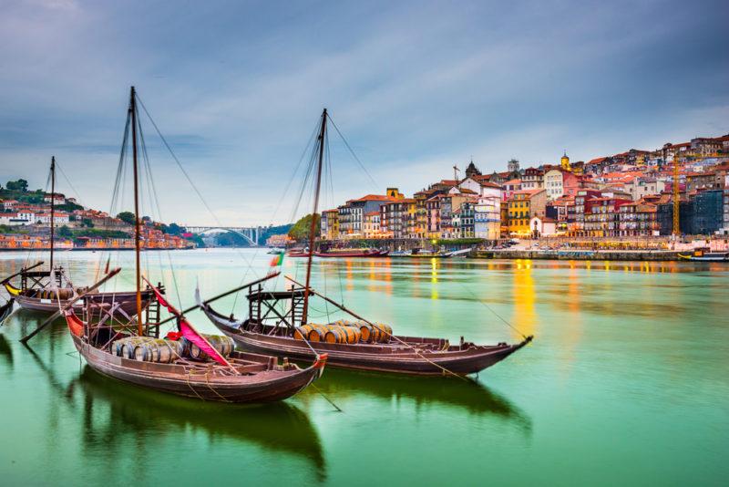 Resultado de imagem para viajar para portugal