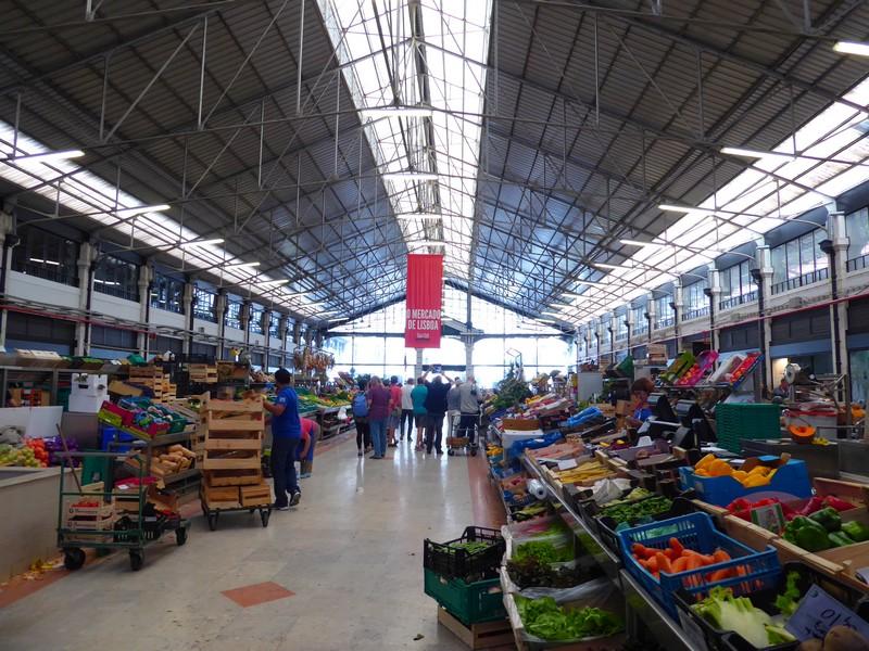 mercado da ribeira em lisboa