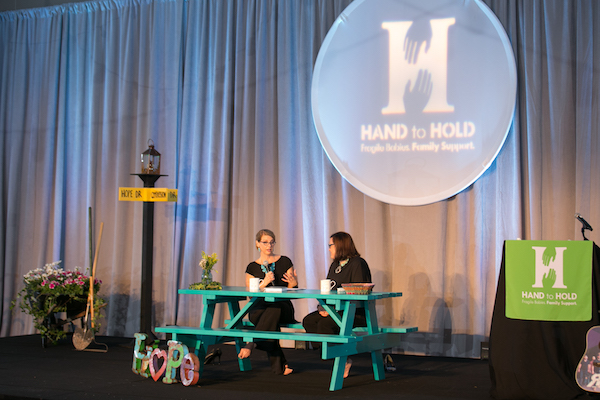 hand to hold baby shower 2017, Kristin schell, turquoise table