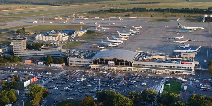 Solo el avión del Real Madrid va a poder 'dormir' en el aeropuerto ...