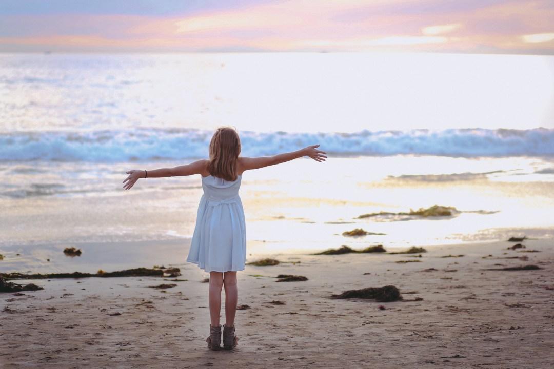 modeling-portraits-in-phoenix-arizona-for-brand-advertisement-imagery-on-the-beach-in-laguna-california