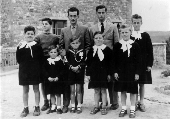 i bambini di Adria: i fratelli Beniamino, Leopoldo e Angelo Ingegneri, con i cugini