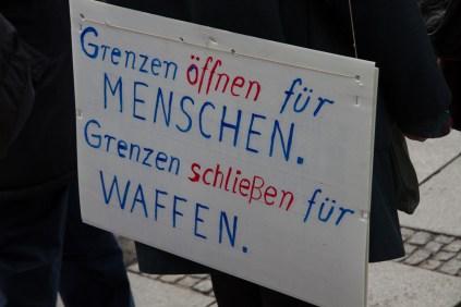 Demonstration_gegen_Muenchner_Sicherheitskonferenz_siko_12