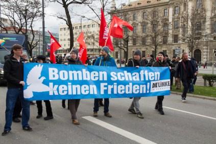 Demonstration_gegen_Muenchner_Sicherheitskonferenz_siko_31