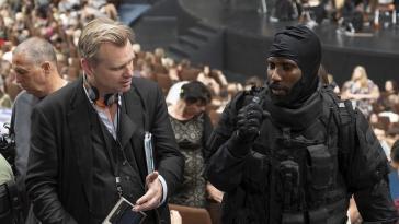 """Christopher Nolan : """"Tenet synthétise tout ce qui m'obsède depuis des années"""""""