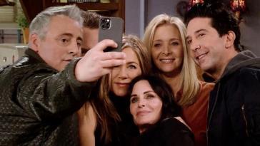 Voilà ce qu'on va retenir de Friends : les retrouvailles