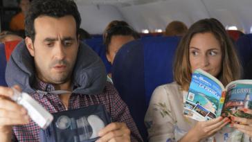 Que vaut Premières vacances, la comédie avec Camille Chamoux et Jonathan Cohen ? [critique]