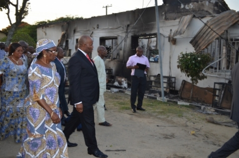 Governor Godswill Akpabio, accompanied by Prof. Comfort Ekpo, Vice-Chancellor, Uniuyo, inspecting-properties damaged at the University of Uyo town campus.