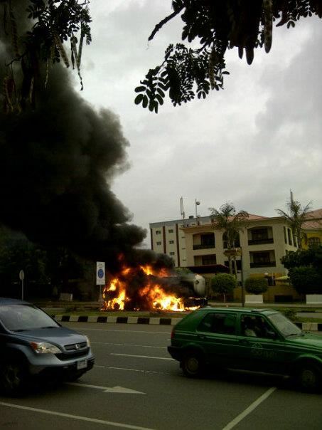 Photo story: Fuel tanker on fire in Maitama, Abuja