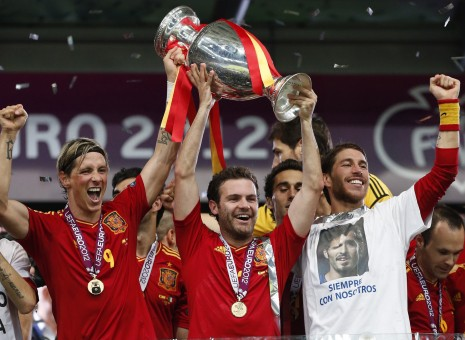 Spain demolishes Italy to win EURO 2012 final