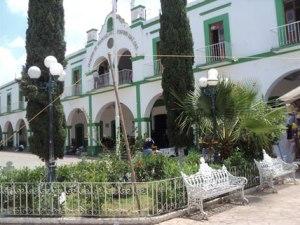 DETIENE-LA-PGR-A-JUAN-RAMOS-a-JUAN-JUAN-EX-MUNICIPE-DE-MIAHUATLN-DE-PORIFIRO-DIAZ-OAXACA-4